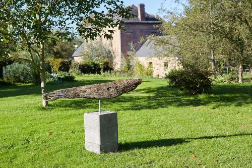 Hotel Pictures: Gite Le Potager & Gîte de la Vallée, Cuverville-sur-Yères