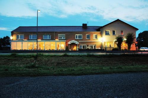 Hotel Pictures: , Ostrhauderfehn