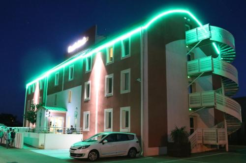 Hotel Pictures: , Aimargues
