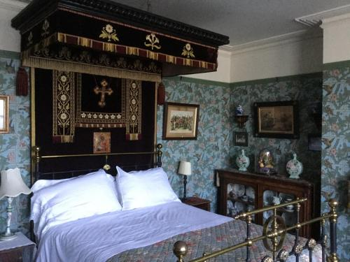St Benedict - Victorian Bed and Breakfast