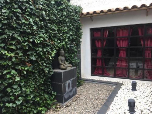 Hotel Pictures: , Vilafranca del Penedès