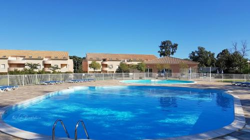 Hotel Pictures: Apartment Paghjella, Santa-Maria-Poggio