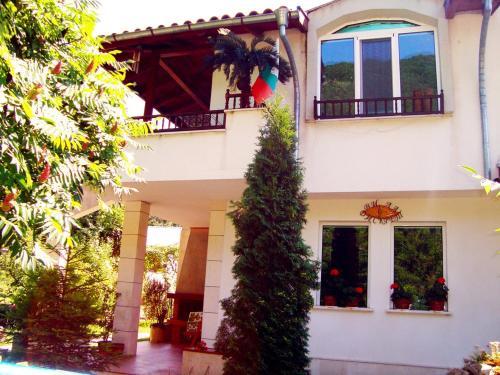 Photos de l'hôtel: Dicret Guest House, Ribarica