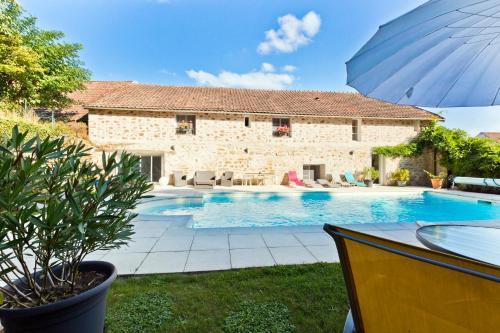 Hotel Pictures: , Saint-Lothain