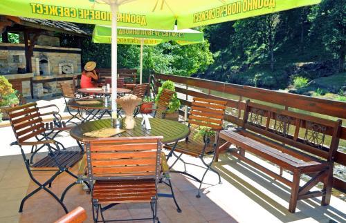 Photos de l'hôtel: Hotel Fedora, Ribarica