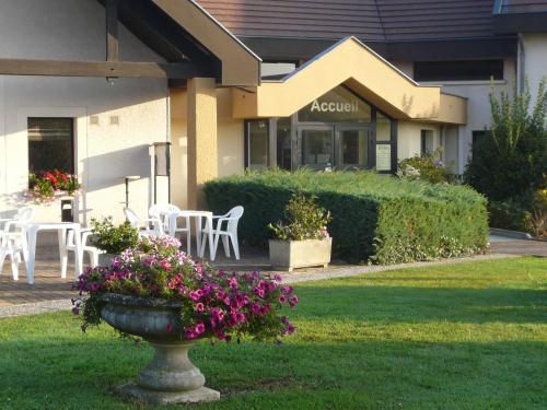 Hotel Pictures: , Saint-Marcel