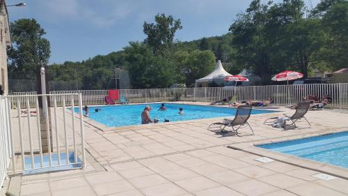Hotel Pictures: Les Rives Du Ceou, Frayssinet