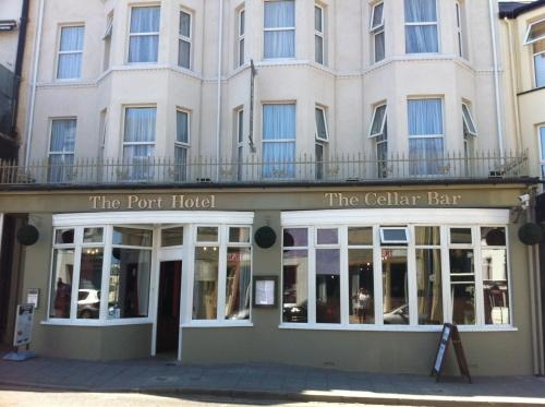 Hotel Pictures: The Port Hotel, Portrush