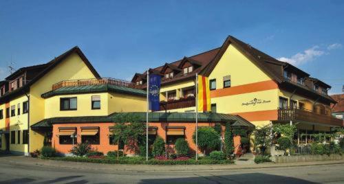 Hotel Pictures: Landgasthof zum Lamm, Bahlingen