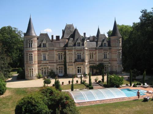 Hotel Pictures: , Mesnard-la-Barotière