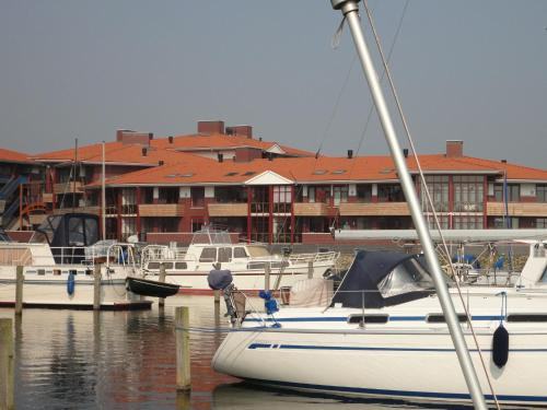Holiday home Luxe Appartement Veluwemeer 2