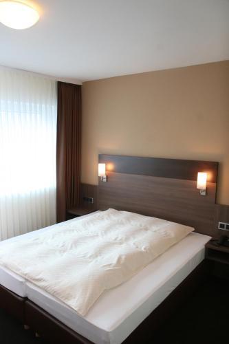 Hotel Pictures: , Stadtallendorf