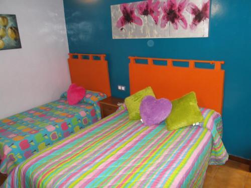 Hotel Pictures: Pensión Colonia, Motril