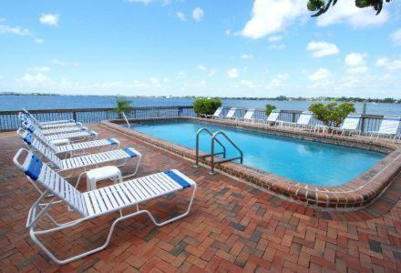 Palm Beach Resort And Beach Club Review