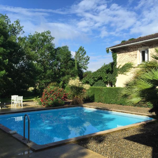 Hotel Pictures: Le Clos Nicolas, Eugénie-les-Bains