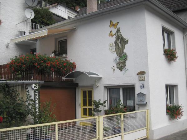 Hotel Pictures: Ferienhaus Bernard, Bendorf
