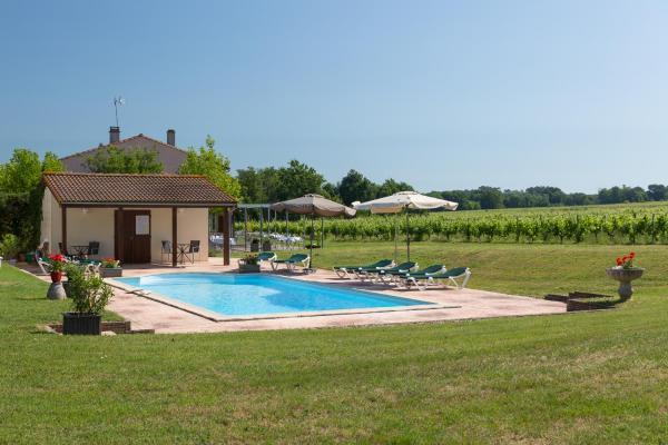 Hotel Pictures: La Closerie Des Vignes, Saint-Ciers-de-Canesse