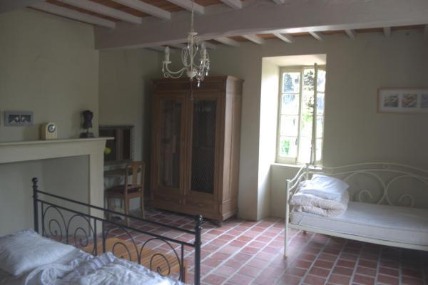 Hotel Pictures: Les Oliviers, Auriébat