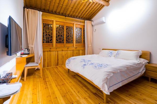 Hotel Pictures: 22 Bridge Guesthouse, Ninghai