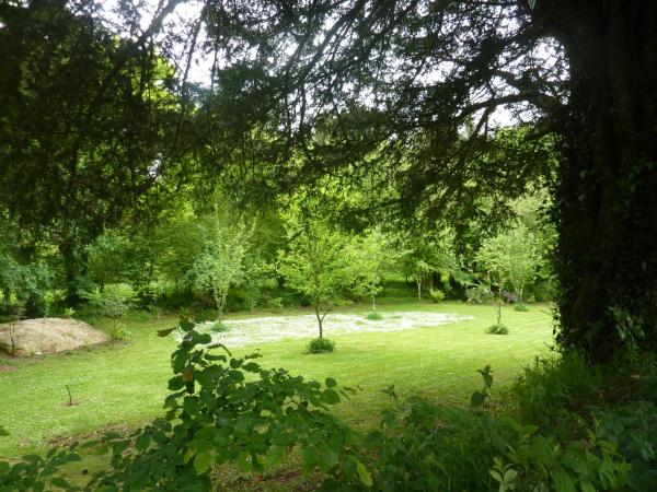 Hotel Pictures: Domaine Huelgoat, Huelgoat