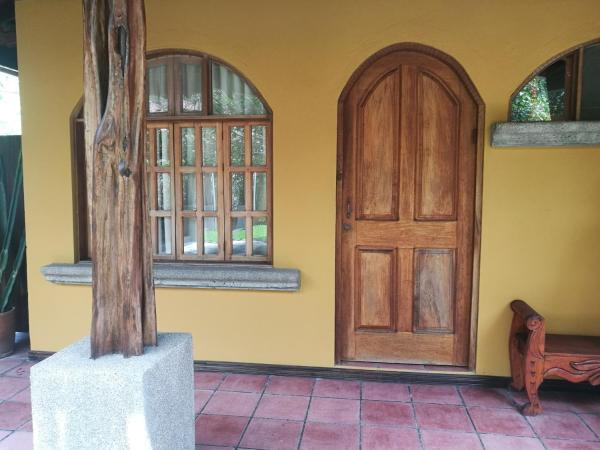 Hotel Pictures: Costanera Bed and Breakfast, Playa Hermosa