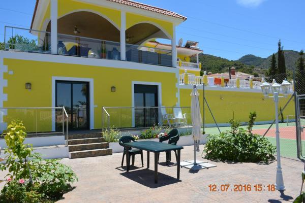 Hotel Pictures: Palm Villas, Alhaurín de la Torre