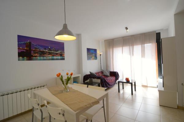 Hotel Pictures: Apartamentos Fatima, Ullá