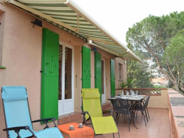 Hotel Pictures: House Banyuls sur mer - 8 pers, 150 m2, 5/3, Banyuls-sur-Mer