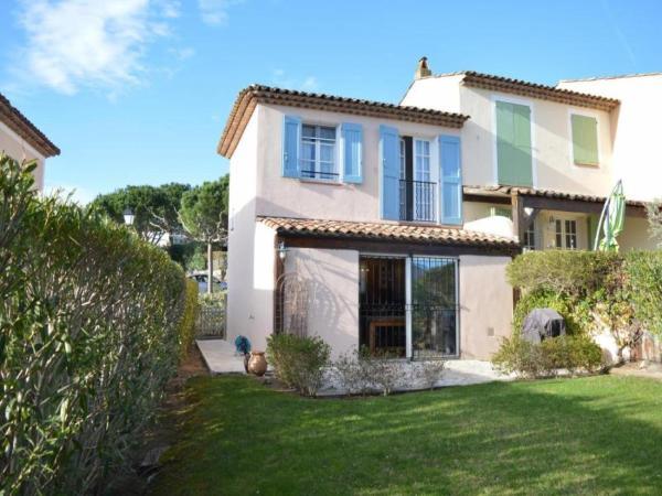 Hotel Pictures: House Domaine du golf de roquebrune, Roquebrune-sur-Argens