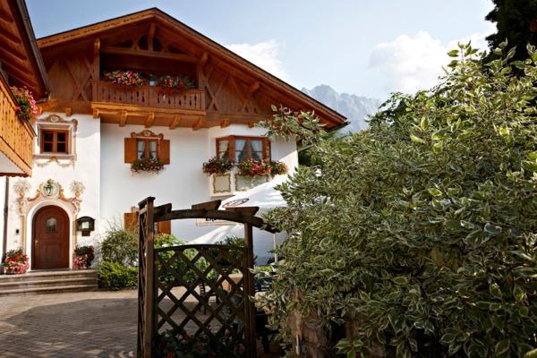 Hotel Pictures: Hotel Garni Alpspitz, Grainau