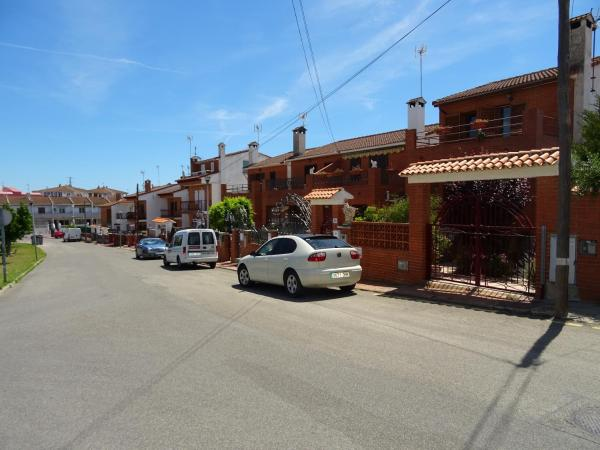 Hotel Pictures: Casa Jeny, Creixell