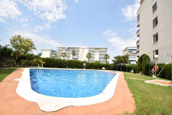 Hotel Pictures: FARAON ATTIC, La Pineda