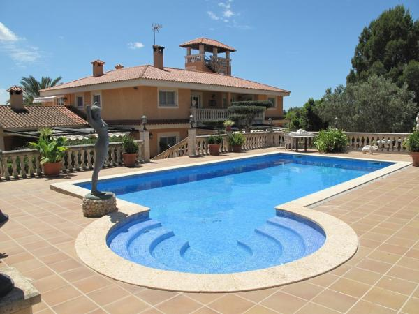 Hotel Pictures: Holiday home Carrer Mare Selva, Pòrtol