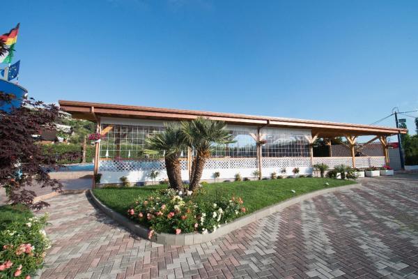 Hotelbilleder: Camping & Pishina Riviera, Lezhë