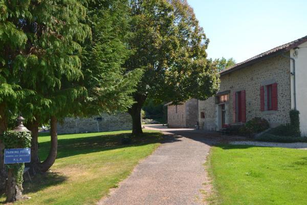 Hotel Pictures: La Lègerie, Pensol