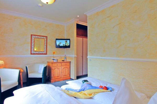 Hotelbilleder: Hotel Weingärtner, Bad Wildbad