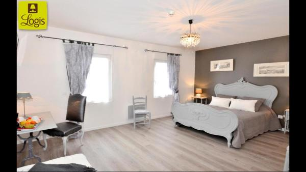 Hotel Pictures: Hotel de la Villa Biron, Saint-Ouen