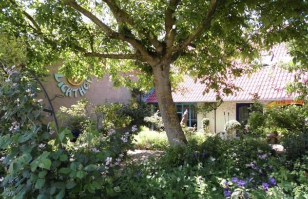 Hotel Pictures: Gastehaus und Cafe - Lichthof, Ottendorf