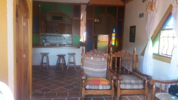 Hotel Pictures: Cabana Piramidal, Guatapé