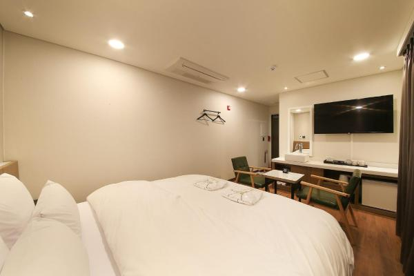Zdjęcia hotelu: CNC 1st Street Hotel, Anyang