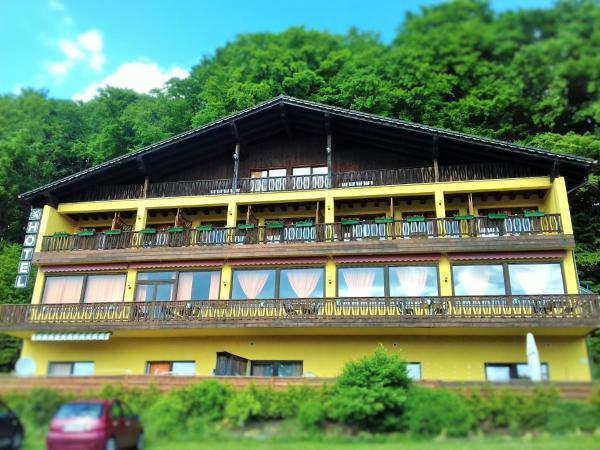 Hotel Pictures: Hotel Burgberg, Walkertshofen