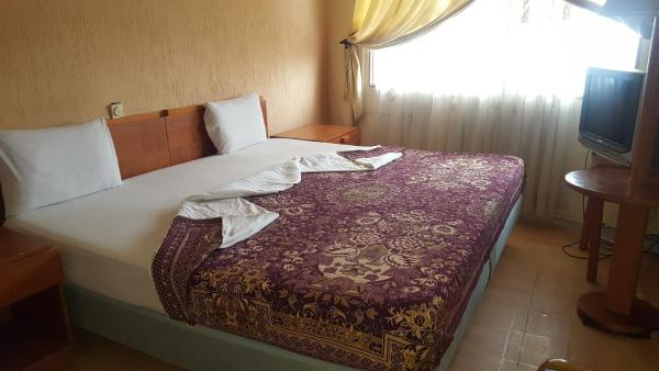 Hotel Pictures: Peace and Love Hotel, Cotonou
