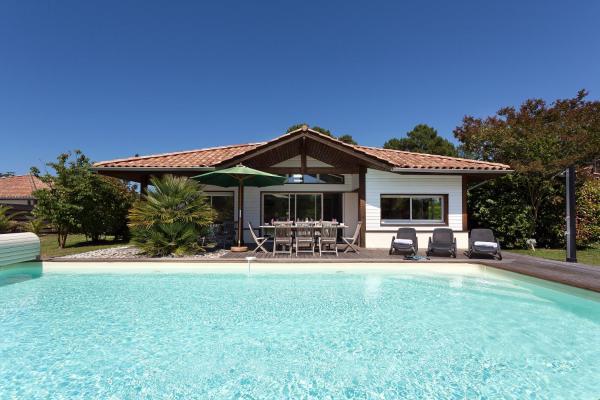 Hotel Pictures: Madame Vacances Villas La Prade, Moliets-et-Maa