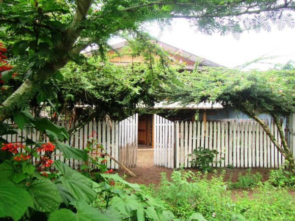 Hotel Pictures: Adventure Ecolodge, Jurubidá