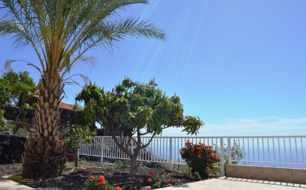 Hotel Pictures: Spectacular ocean view big apartment in Llano de Tijoco, Adeje