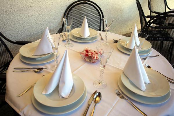 Hotel Pictures: Restaurant penzion u Buchlovskeho zamku, Buchlovice