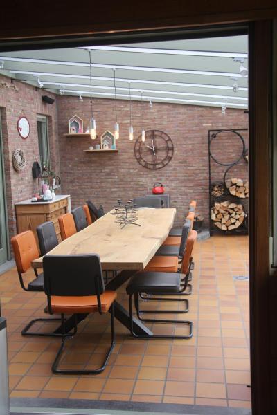 Hotellikuvia: B&B Het KoeKoeKsnest Schelle, Schelle