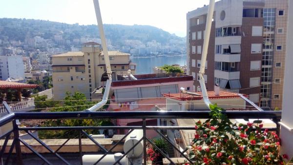 ホテル写真: Albi's Apartment, Sarandë