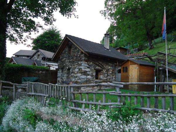 Hotel Pictures: Casa Poiana, Ronco sopra Ascona