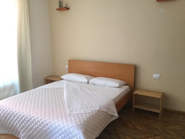 Zdjęcia hotelu: Miltos Apartment, Himare